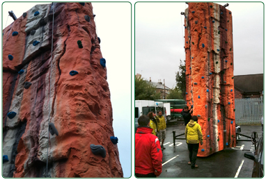 Mobile climbing tower